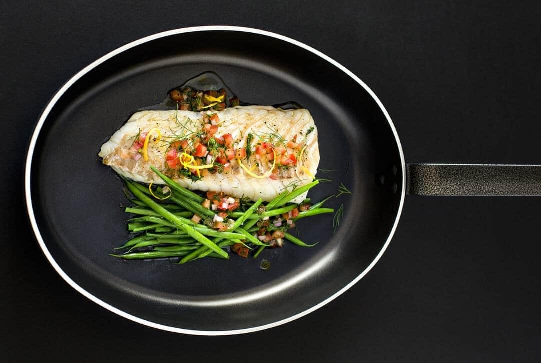 "Poêle ovale à poisson anti-adhérente aluminium ""Classe Chef"" Matfer"
